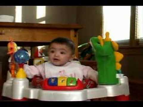 Fun with the baby einstein discover play activity center for Baby play centre