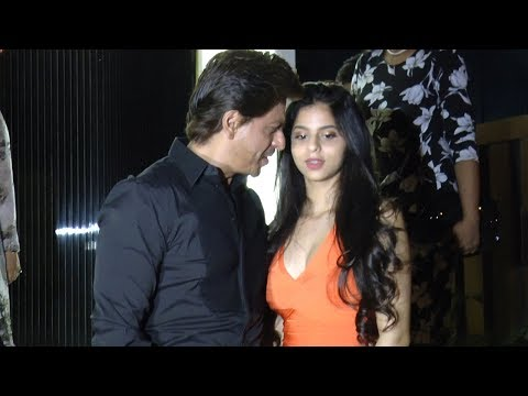 Thumbnail: HOT Suhana Khan parties with dad Shahrukh Khan @ mom GauriKhan's newly designed restraunt