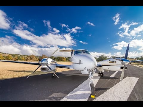 Amazing King Air 300 Super-Low Fly Over @ 240fps!