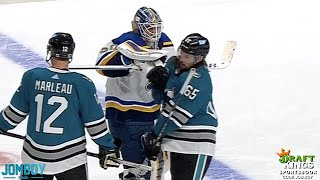 Goalies Gets Pulled then 'fights' everyone a breakdown