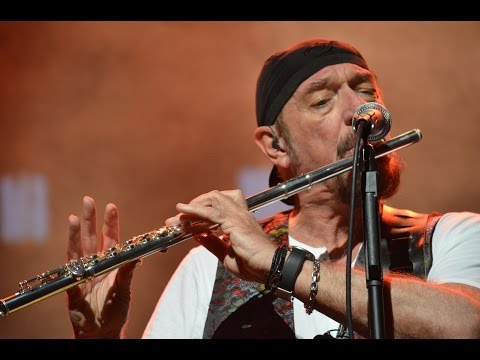 Jethro Tull's Ian Anderson // Thick as a Brick // Live in Buenos Aires  // Lion Films.-