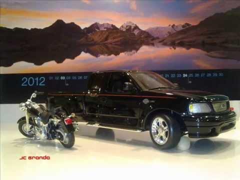 Ford F-150 Harley Davidson, Edition 2000 1:18 - YouTube