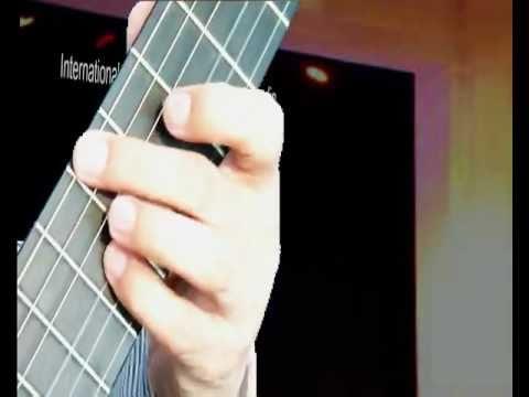 Gian ma thuong (Angry but lovely) - Dang Ngoc Long (classical guitar solo)