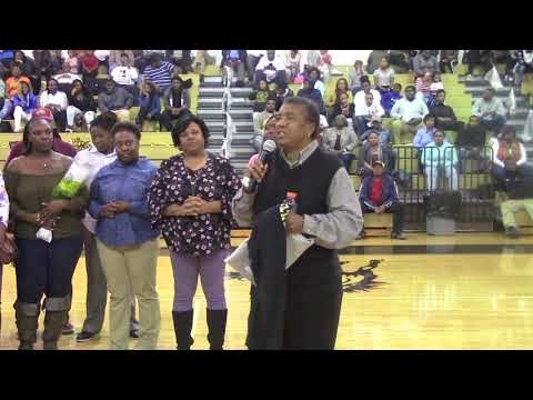 Lee Central high School School Coach Dorothy Fortune