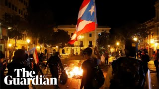 Puerto Rico: Clashes erupt during protest against governor Ricardo Rosselló