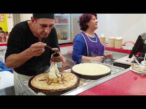 BEST Crepes Made By Crazy Julio In Alcudia Majorca,in 4K With Prices !