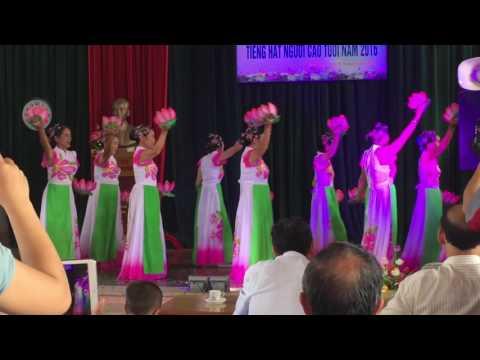 Múa Bài ca thống nhất - hội người cao tuổi thôn Tăng Quang- Bích Sơn