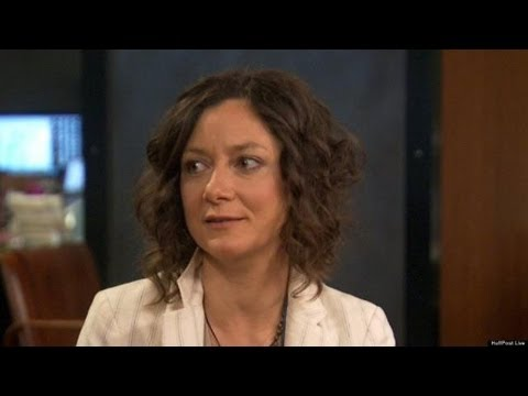 Sara Gilbert: I Don't Remember The Last Season Of 'Roseanne'  HPL