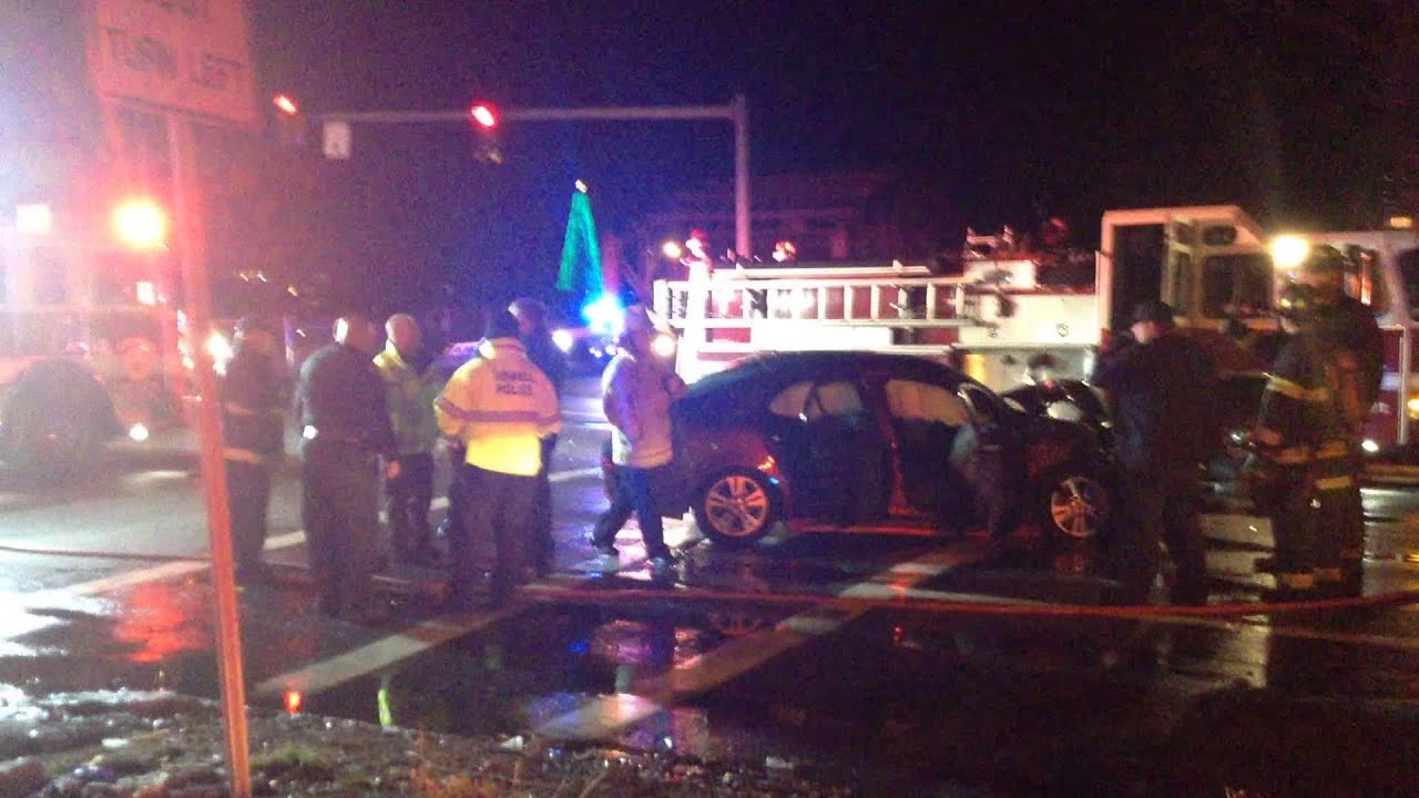 Lowell ma serious motor vehicle accident 12 17 2014 1 for Motor vehicle lowell ma