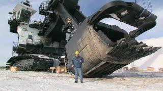 видео Самый большой бульдозер в мире