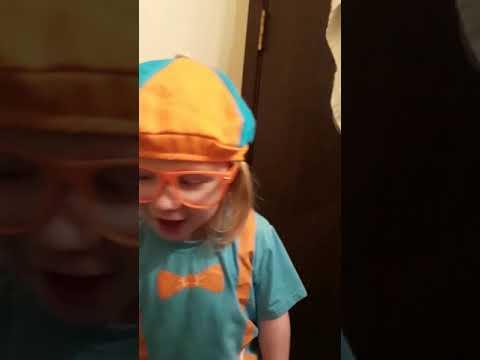 Gage sings Blippi Garbage Truck Song