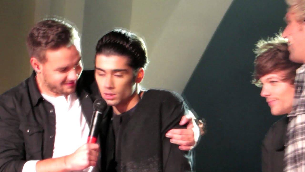 Zayn And Niall Cuddling 1D Orlando - Liam and Zayn