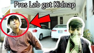 Gambar cover Pros Lab got Kidnapped!!