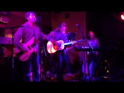 Ambrosia performs for Rock Cellar magazine. Mp3