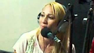 taty girl ao vivo na a3 fm no programa do bezerro 19 08 2011