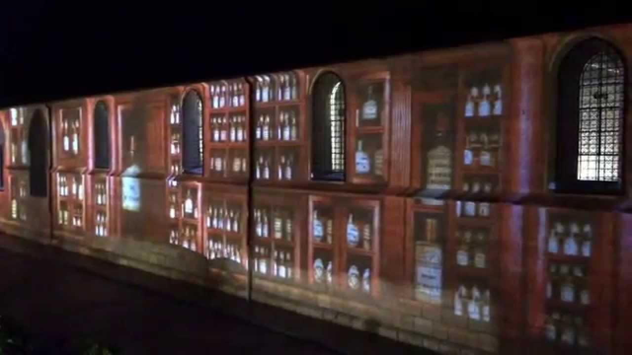 spectacle de lumi re sur le mur des hospices de beaune ext youtube. Black Bedroom Furniture Sets. Home Design Ideas