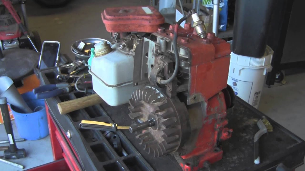 Fix No Spark Briggs and Stratton 3HP Motor - YouTube