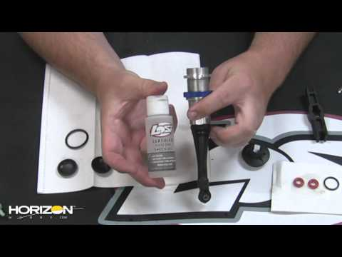 HorizonHobby.com How-To - Service Your Losi 5IVE-T Shocks - 동영상