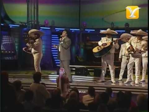 Juan Gabriel, Te Voy a Olvidar - La Farsante, Festival de Viña 2004