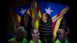Καταλονία: Επαπειλούμενος «εμφύλιος» με φόντο το δημοψήφισμα