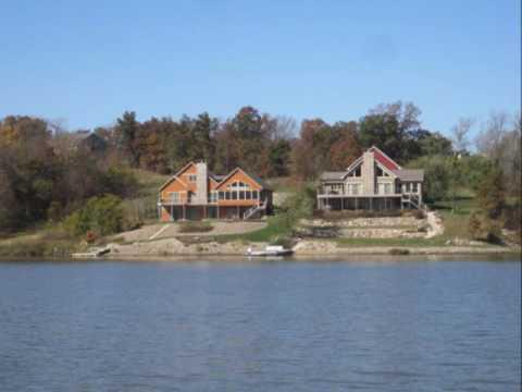 Lake Homes and Farms Realty: Sundown Lake Boat Tour