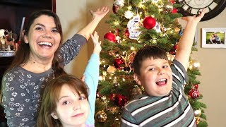 DECORATE CHRISTMAS TREE WITH ME // REAL TREE // CHRISTMAS VIDEO