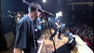 The Offspring - Pretty Fly for a White Guy (live)