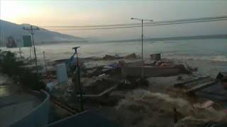 Video Palu: Dramatic footage of Tsunami download MP3, 3GP, MP4, WEBM, AVI, FLV November 2018