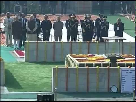 PM pays homage to Mahatma Gandhi at Rajghat