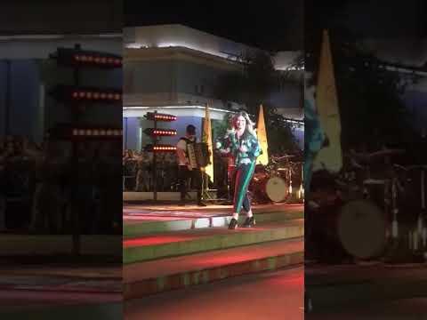 """Marilia Mendonça - BEM PIOR QUE EU VOCÊ""""Ao vivo """" Em #Goiânia#TodosOsCantos#Lançamento 2018"""