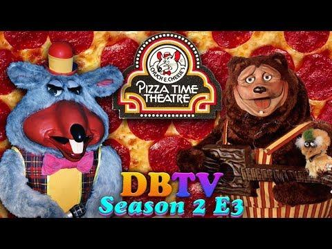 Themed Places: Showbiz vs Chuck E Cheese