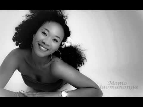 IZY ( Rijade ) - Momo JAOMANONGA