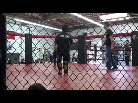 Daniel Morgan 1st MMA Fight.m2ts