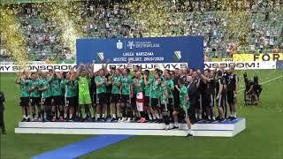 Uniesienie trofeum za mistrzostwo Polski