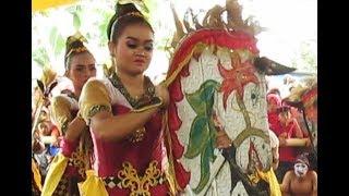 JATHILAN Putri Turonggo Mudho CINDELARAS / Female Horse Dance [HD]