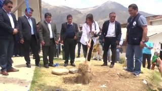 Se colocó la primera piedra para la construcción del nuevo Hospital de Huari
