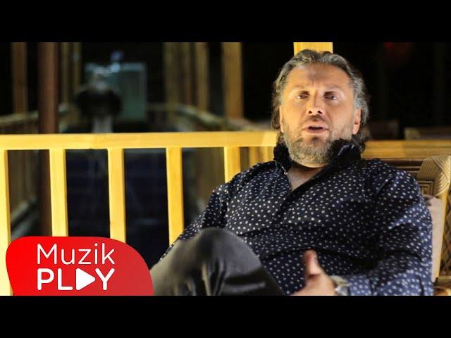 Özgür Koç - Gecelerden Sor Beni (Official Video)