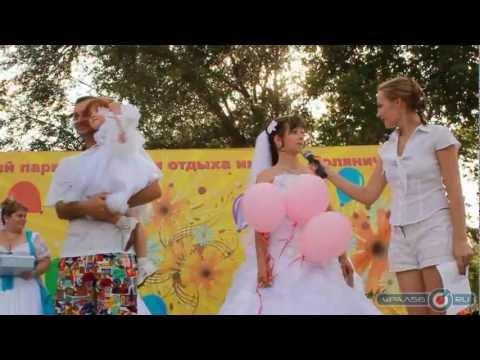 ГОЛЫЕ НЕВЕСТЫ в свадебных платьях на фото эротики