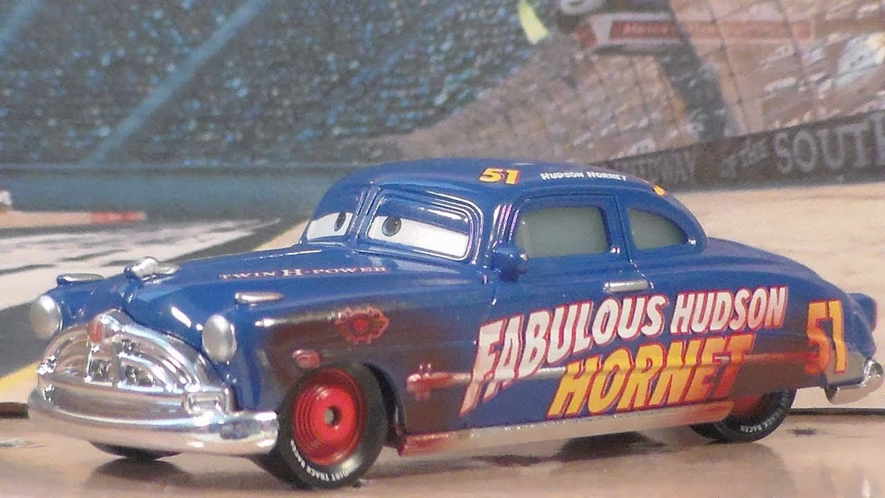 cars 3 mattel dirt track fabulous hudson hornet disney. Black Bedroom Furniture Sets. Home Design Ideas