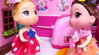 BS ENTER | Baby helping mommy clean the house - Cooking with dolls