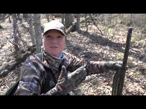 Turkey hunt, turkey hunting tips, high school trap team - Michigan Out of Doors TV #1818