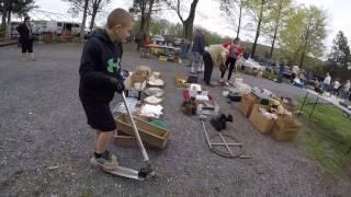 FLEA MARKET VLOG Selling it all! All gotta Go! Antiques & Box Lots