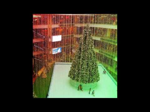 モールFUTURE/PAST : Christmas at Crystal Valley Mall