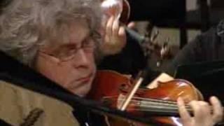 Полина Осетинская играет Сен-Санса №2 - 1 фрагманты