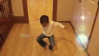 5 Yr  Old Bopping To Sicko Mobb