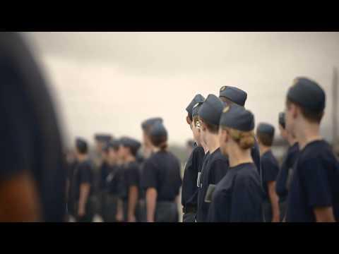 A Day In The Life Of A Cadet! - Une Journée Dans La Vie Des Cadets!