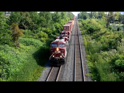 Rail Traffic in North America - Freight & Passenger trains/July-August 2017