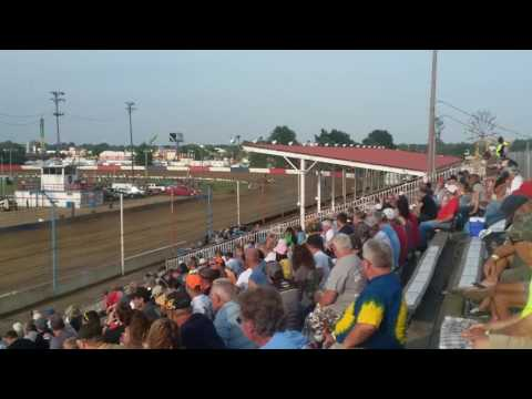 USAC Sprint Car Qualifying Part 3/3  Terre Haute Action Track