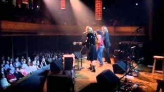 ノラ・ジョーンズ featuring Gillian Welch and David Rawlings「ロレッタ」