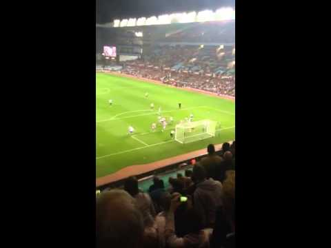 Tottenham vs villa. Paulinho goal